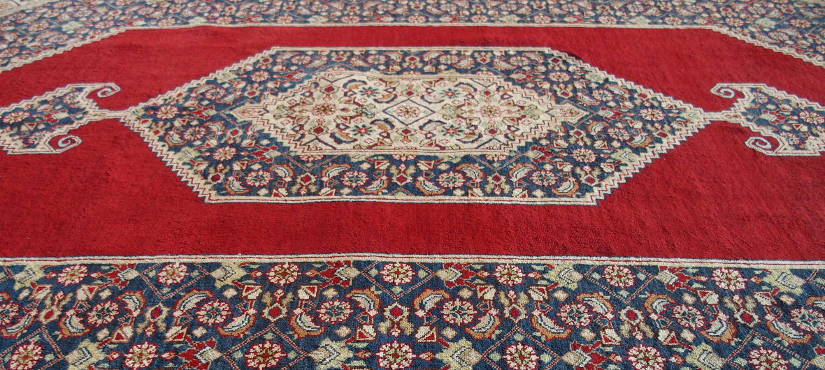 Pure silk carpet from El Kahhal Carpets Cairo - Silk carpets
